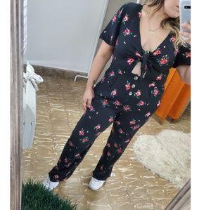 NWOT Mimi Chica Floral Know Jumpsuit